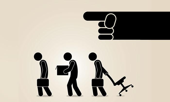 Người làm quản trị nhân sự cần có kinh nghiêm và kỹ năng quản lý rất tốt hạn chế việc chuyên quyền