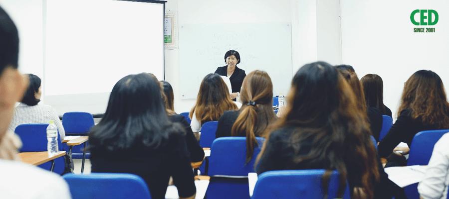 Lớp học hành chính nhân sự tại trung tâm CED ( Nguồn: trung tâm CED)