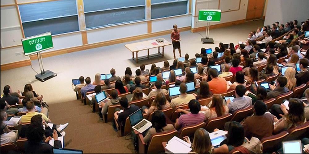 Học hành chính văn phòng tại các trường đại học