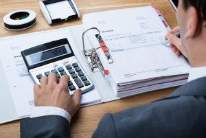Làm kế toán có khó không?